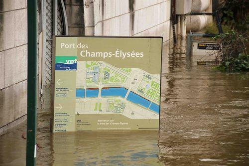 Port des Champs Elysées - copie
